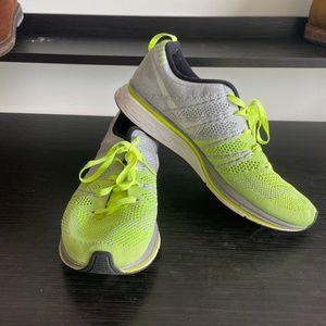 Nike Flyknit Trainer+ Unisex Running Shoe (size 8.